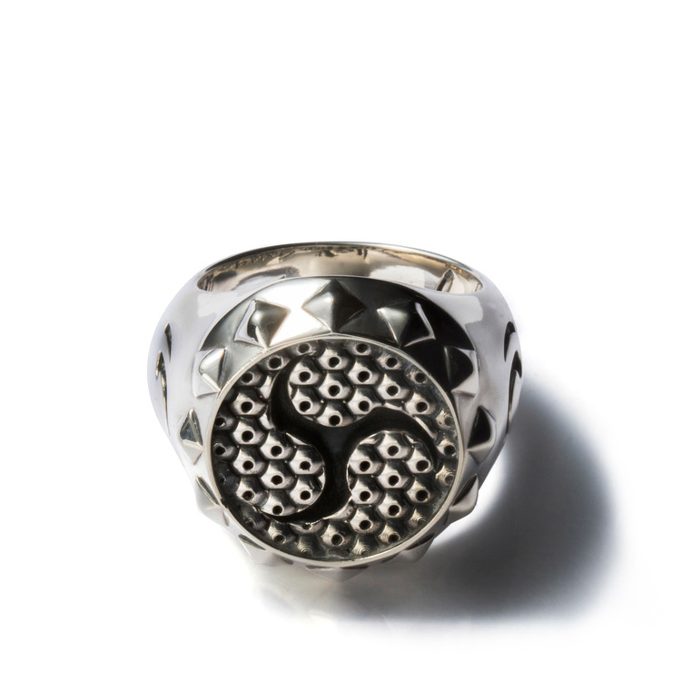 GARRY PATTERN SILVER RING (SIZE 21)