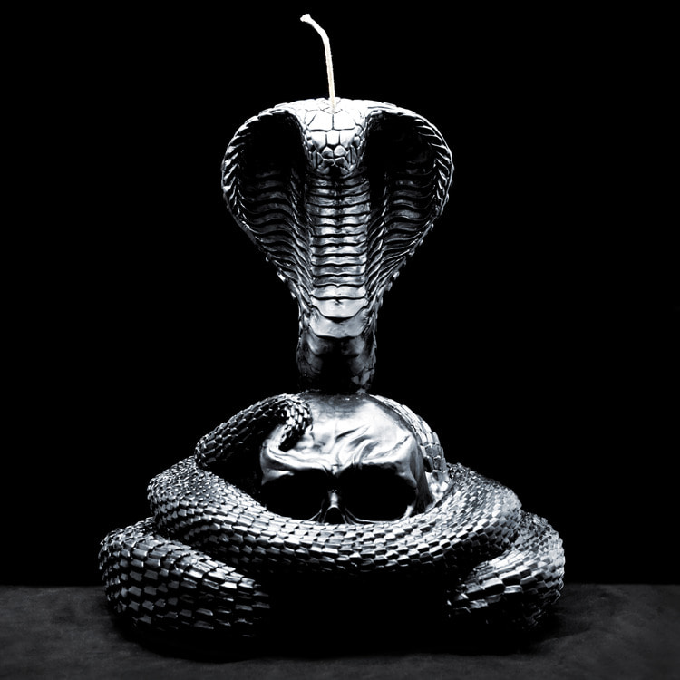 KING COBRA CANDLE BK