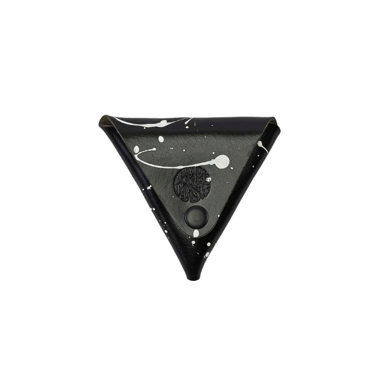WHITE PAINTING TRIANGLE COIN PURSE